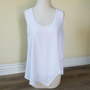 West Kei white flowy blouse